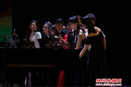 音乐影响一座城 茅为蕙携河北百名教师多钢琴音乐盛典华彩落幕