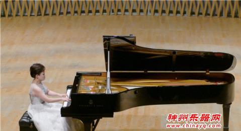 四位上音钢琴家用黑白琴键传递中国声音