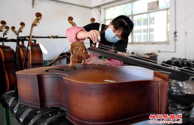 乐器产业脱贫致富