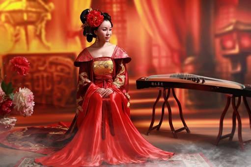 古筝演奏家季宝杰 用生命演绎悠然与恬静
