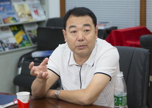 天津静海县委领导偕地方乐器行业代表到访中国