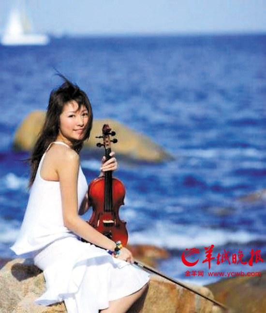广州国际音响展请来美女小提琴家