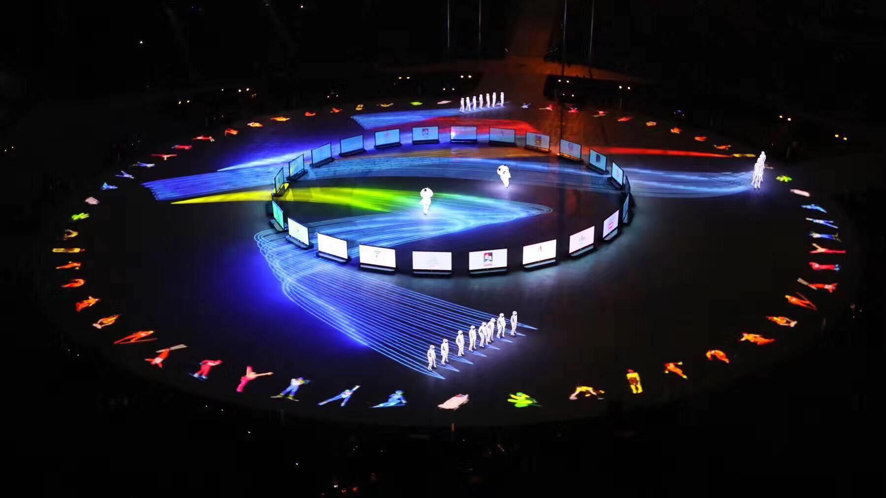 中央音乐学院校友、国家一级作曲家孟可及作曲团队创作《北京8分钟》音乐引起强烈好评